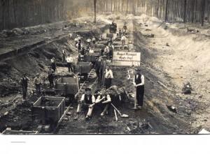 Eisenbahnbau um 1875